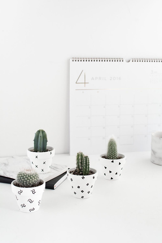 DIY-Mini-Patterned-Plant-Pots-mini-catci